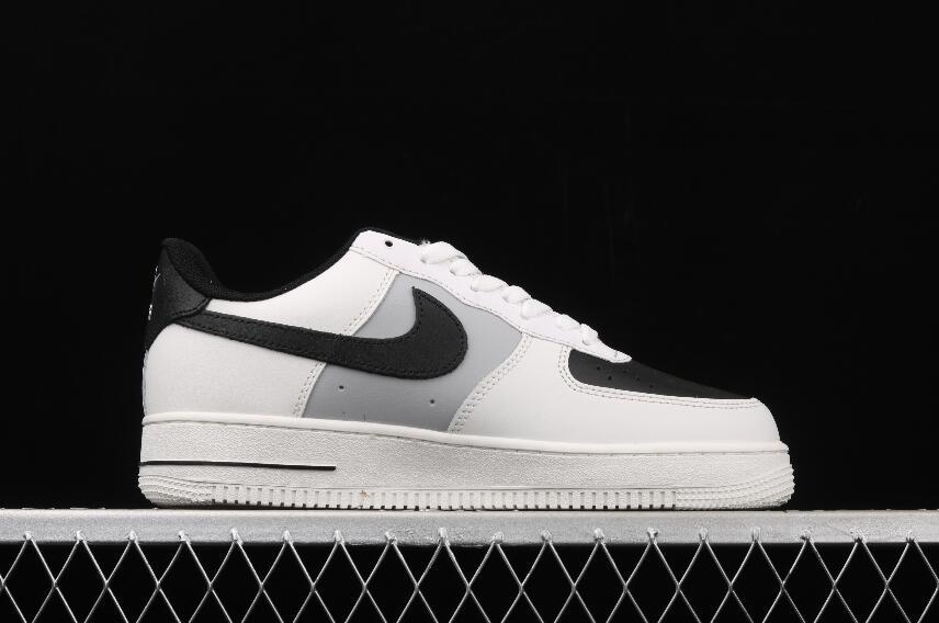 Nike Air Force 1 Upstep Black White Plush - junior