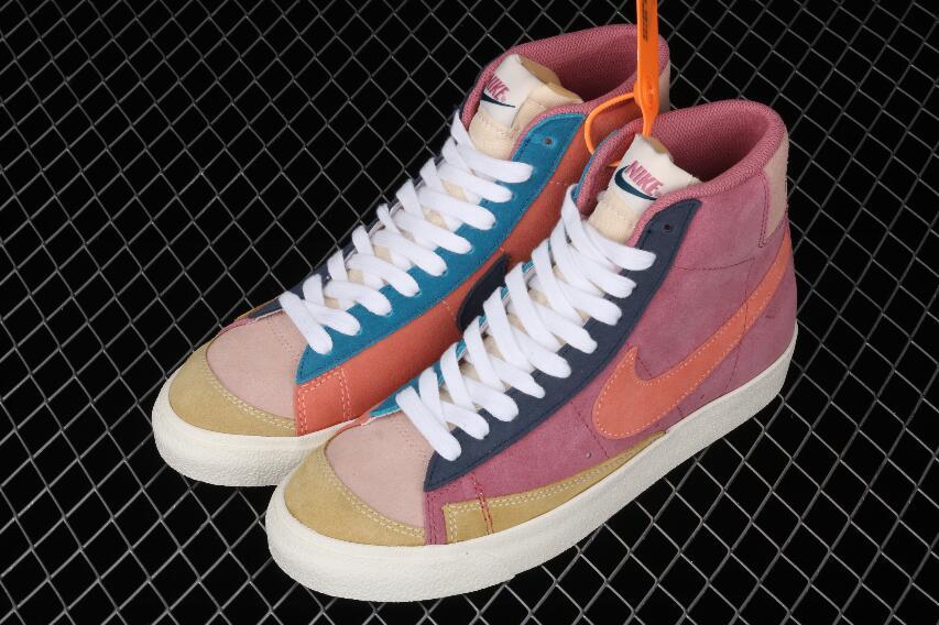 [Image: Buy-Nike-Blazer-Mid-77-VNTG-WE-Suede-DC9...hoes-5.jpg]